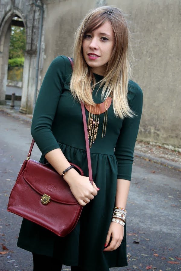 Collier plastron marron