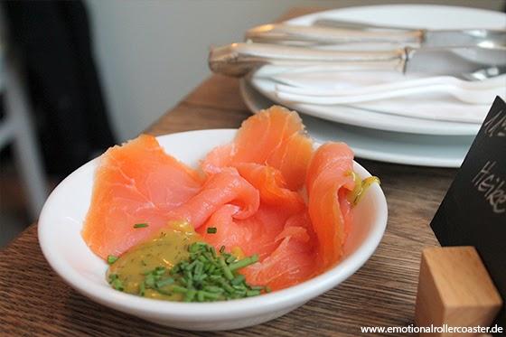 Glück und Selig - Hamburg Lachs mit Senf-Dill Dip