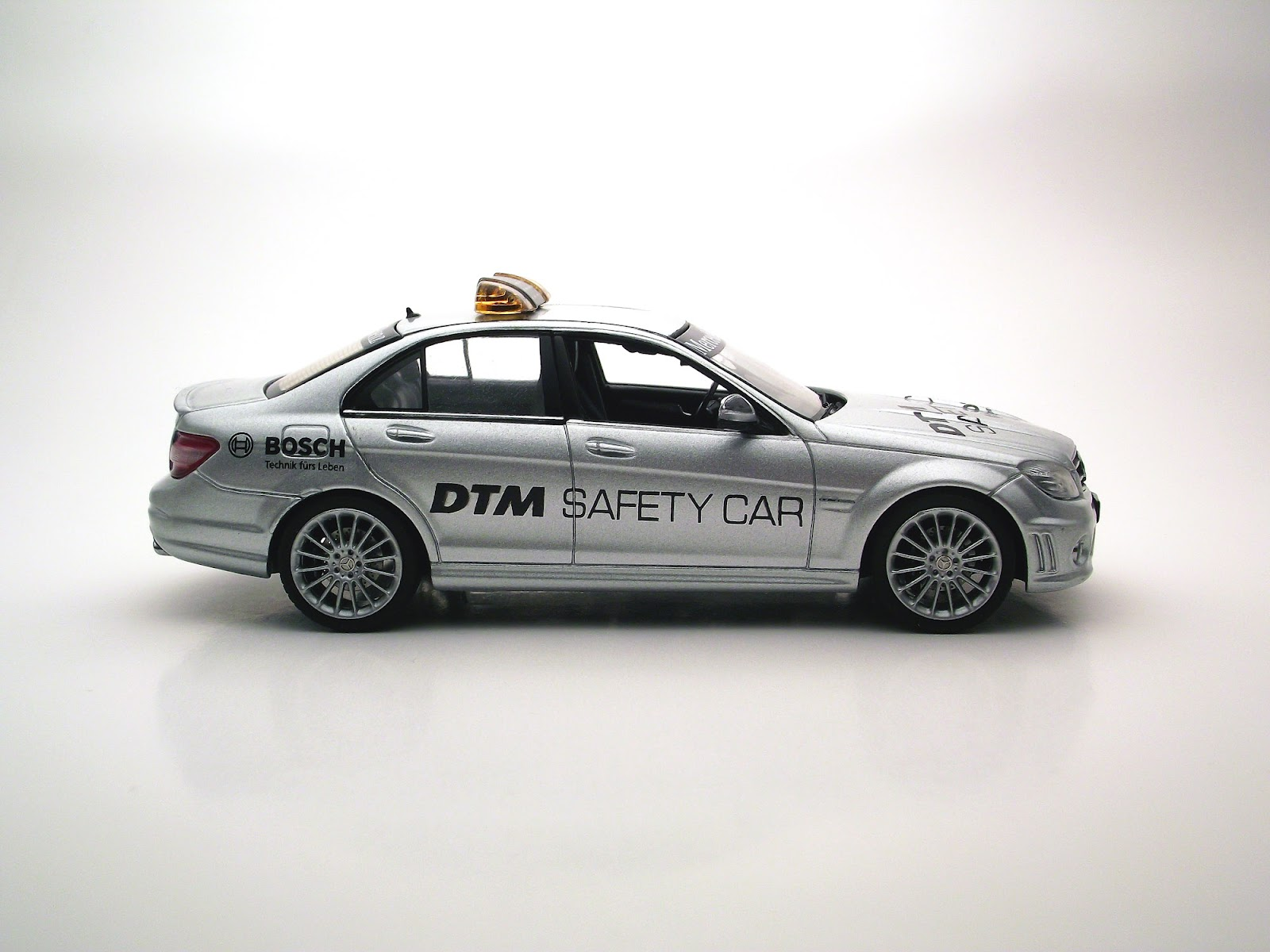 Diecast 1 43 for Mercedes benz safety
