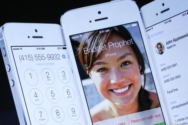 iOS 7 với các đối thủ Android, BlackBerry