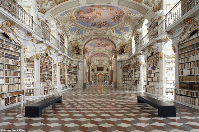 Monasterio Benedictino Admont en Austria