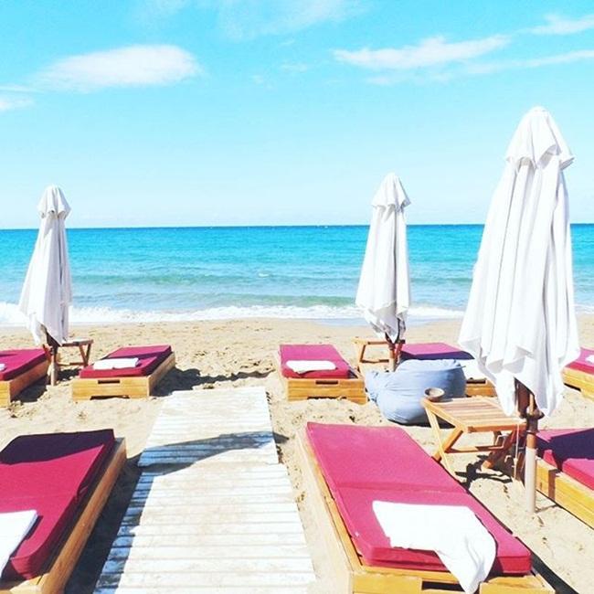 Jelena Zivanovic Instagram @lelazivanovic.Glam fab week.Pazuzu bar,Glyfada beach,Corfu,Greece.