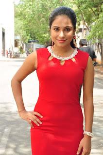 Vrushali Gosavi Stills At Vaadu Nenu Kadhu Movie Launch 7.jpg