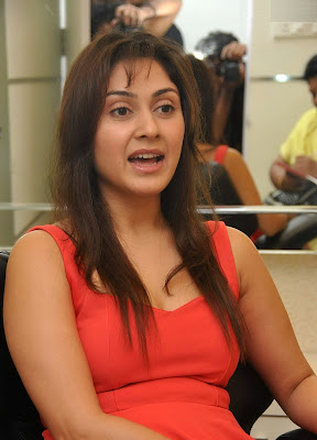 Manjari+(3) Manjari Phadnis Super Hot Photos in Red Dress At The Launch Of Naturals Family Salon & Spa