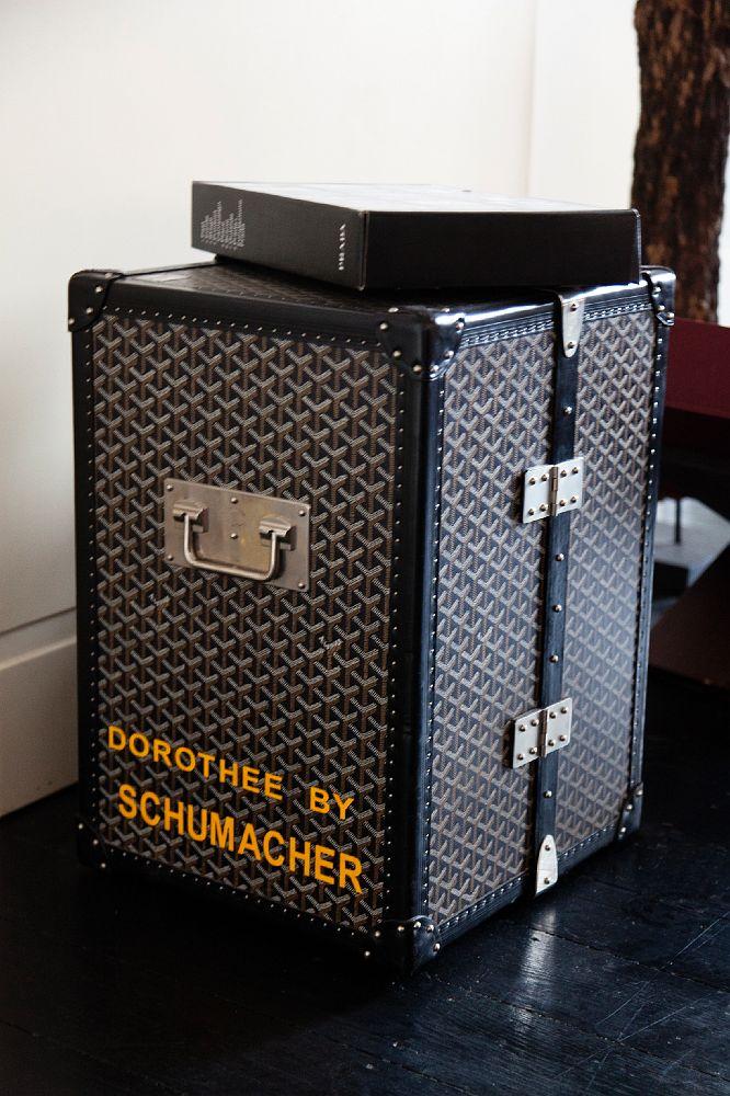speedislove dorothee schumacher at home in germany shot for online magazine mb by mercedes. Black Bedroom Furniture Sets. Home Design Ideas
