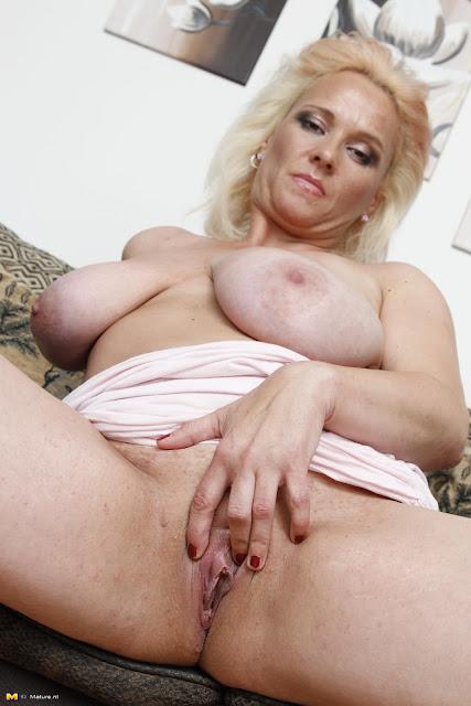 gratis sekscams blonde actrice nederland
