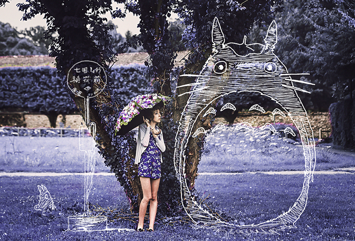 fashion blogger das sheep, photography by Knas, with totoro drawing
