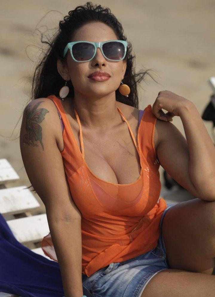 Erotic naughty hot Srilekha latest hot photos in beach