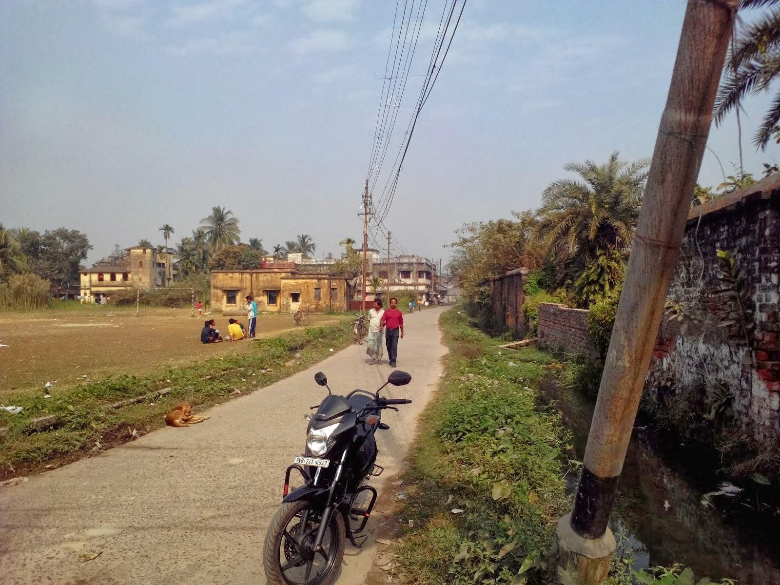 Kishori Mohan Bandyopadhyay Road, Panihati, West Bengal, India India.