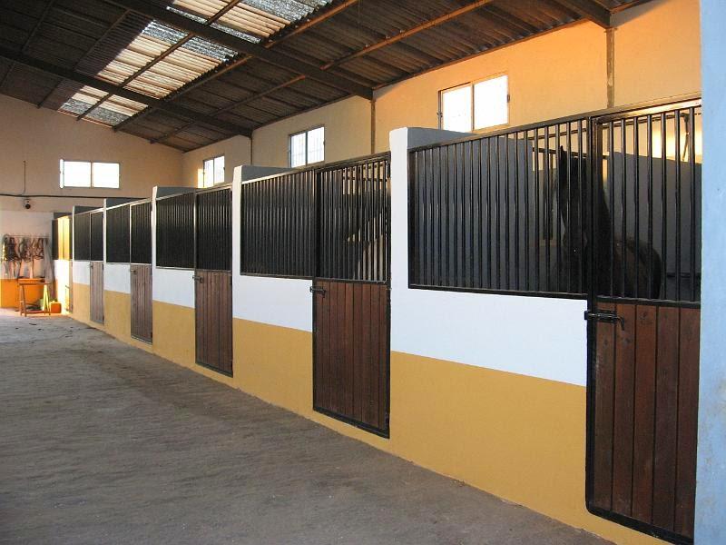 Establos establos prefabricados para el ganado establos for Precio cobertizos prefabricados