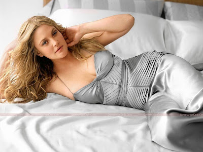 drew_barrymore_hot_wallpapers_page4angels.blogspot.com