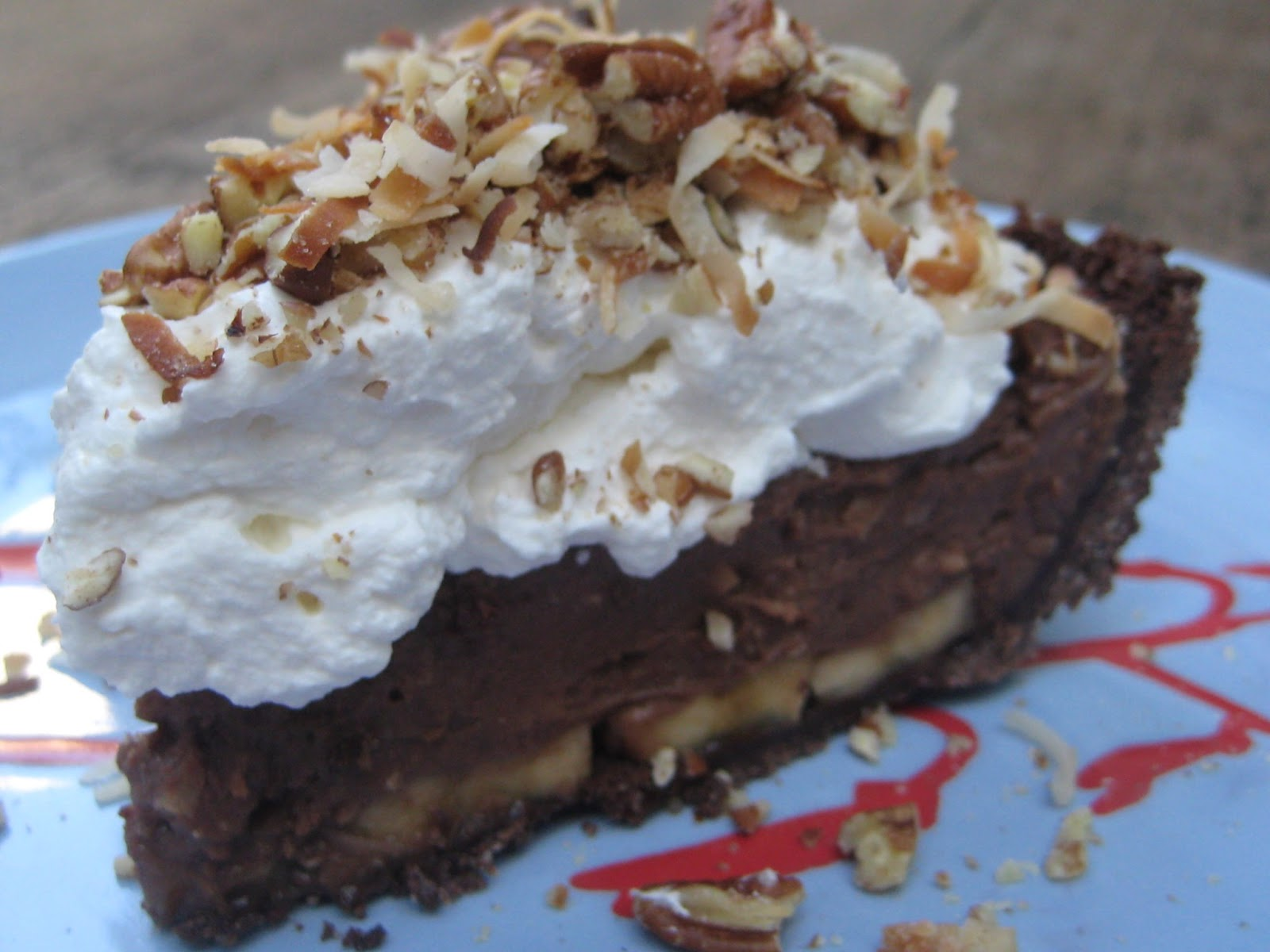 Pie Friday: NEW PIE ALERT!!! GERMAN CHOCOLATE BANANA CREAM!