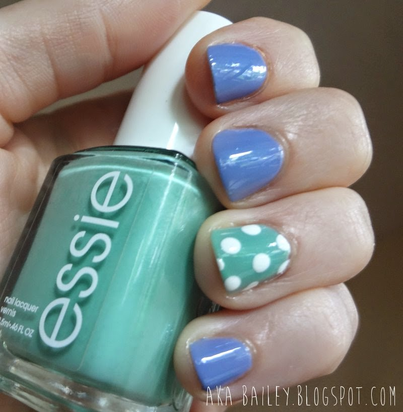 Essie Turquoise & Caicos as an accent nail, with Lapiz of Luxury