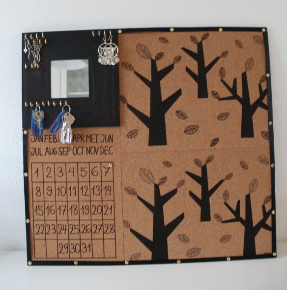 Catch-all corkboard calendar