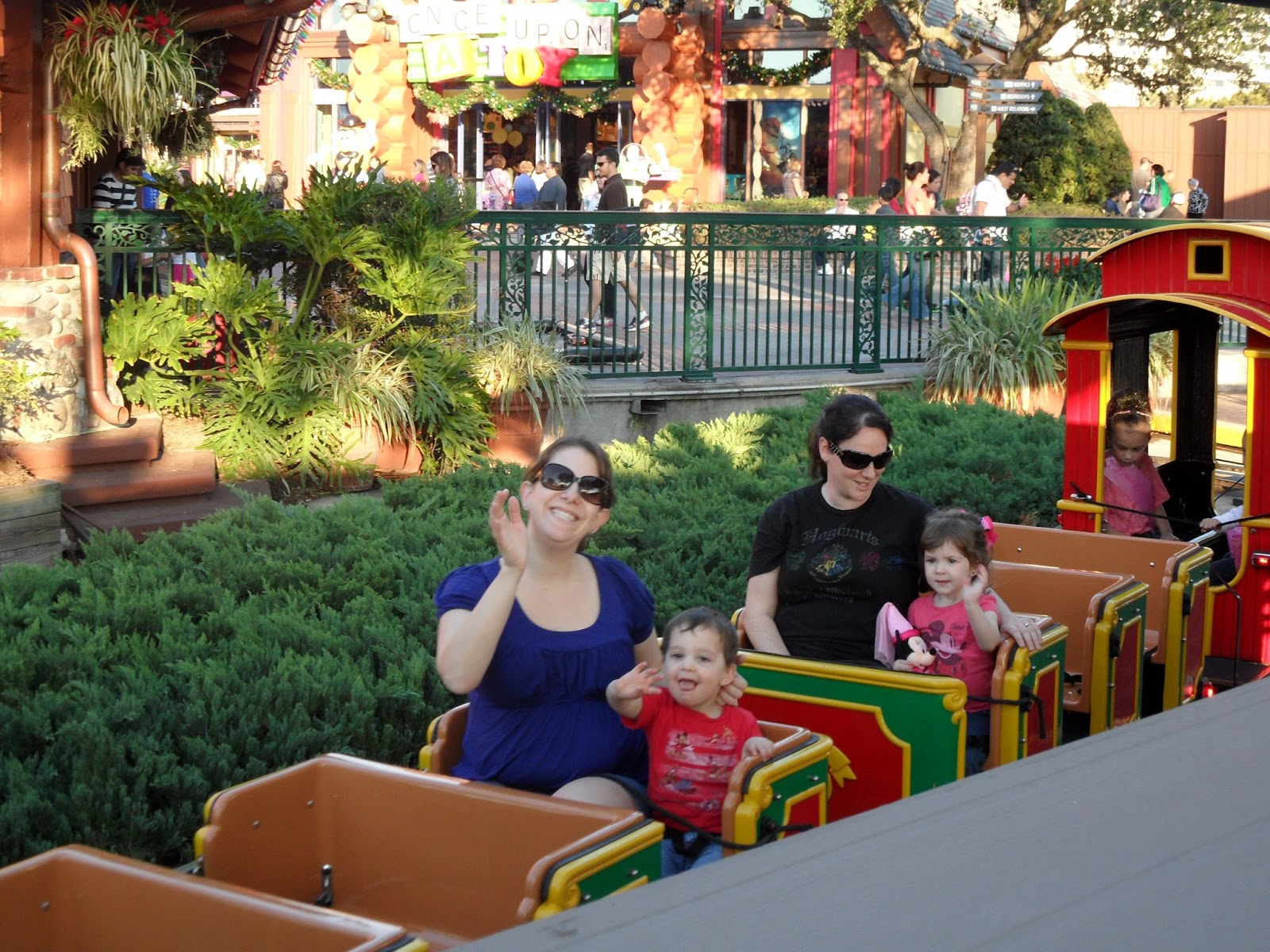 Disney Babies Blog Downtown Disney With The Tots