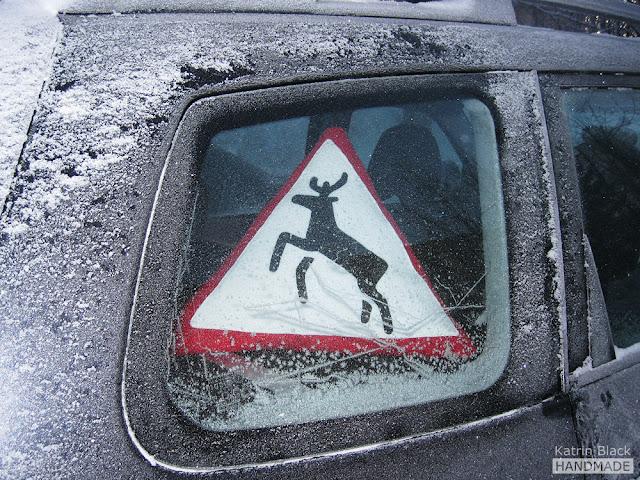 Дорожный знак Олень - оригинальный подарок мужчине/мужу/водителю - подушка из флиса