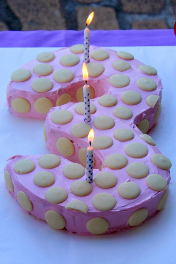 Simple birthday cake, easy birthday cake, pink birthday cake, number 3 ...