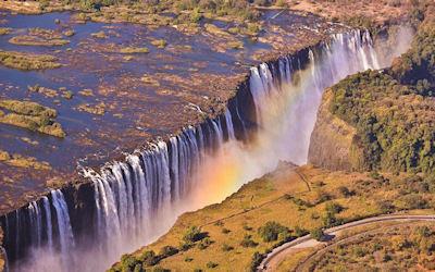 Cascadas Victoria en Zambia - Amazing Victoria Falls