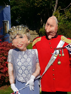 Nova Scotia Scarecrow Festival, The Queen Scarecrow, Mahone Bay