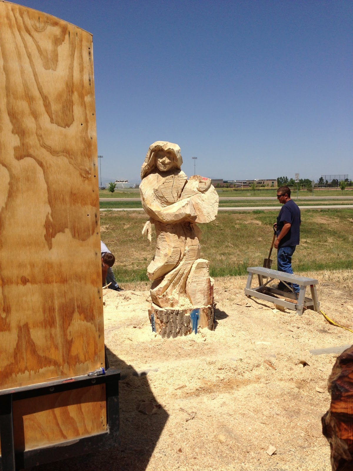 Rcwaitsart frederick colorado chainsaw carving