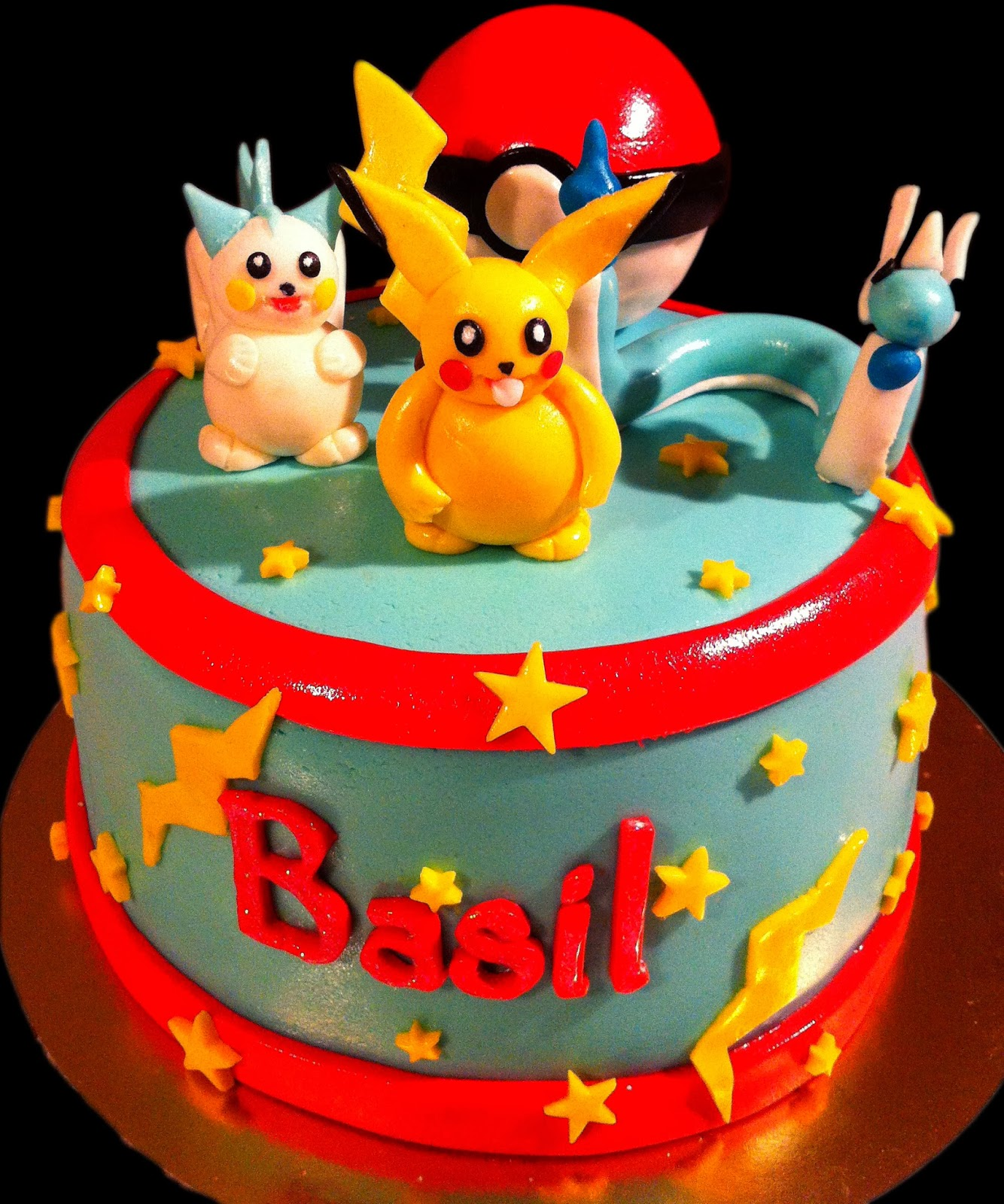 g teau d 39 anniversaire pokemon mam 39 zelle cakes. Black Bedroom Furniture Sets. Home Design Ideas