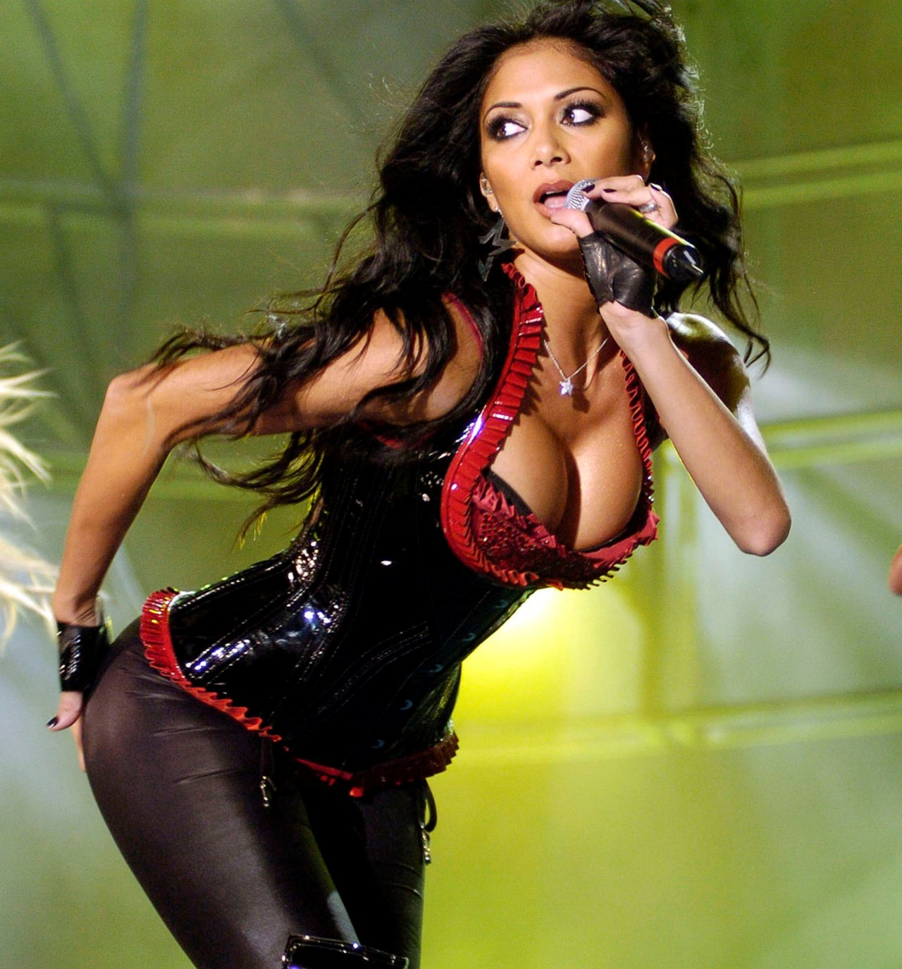Actress Nicole Scherzinger Sweet Body