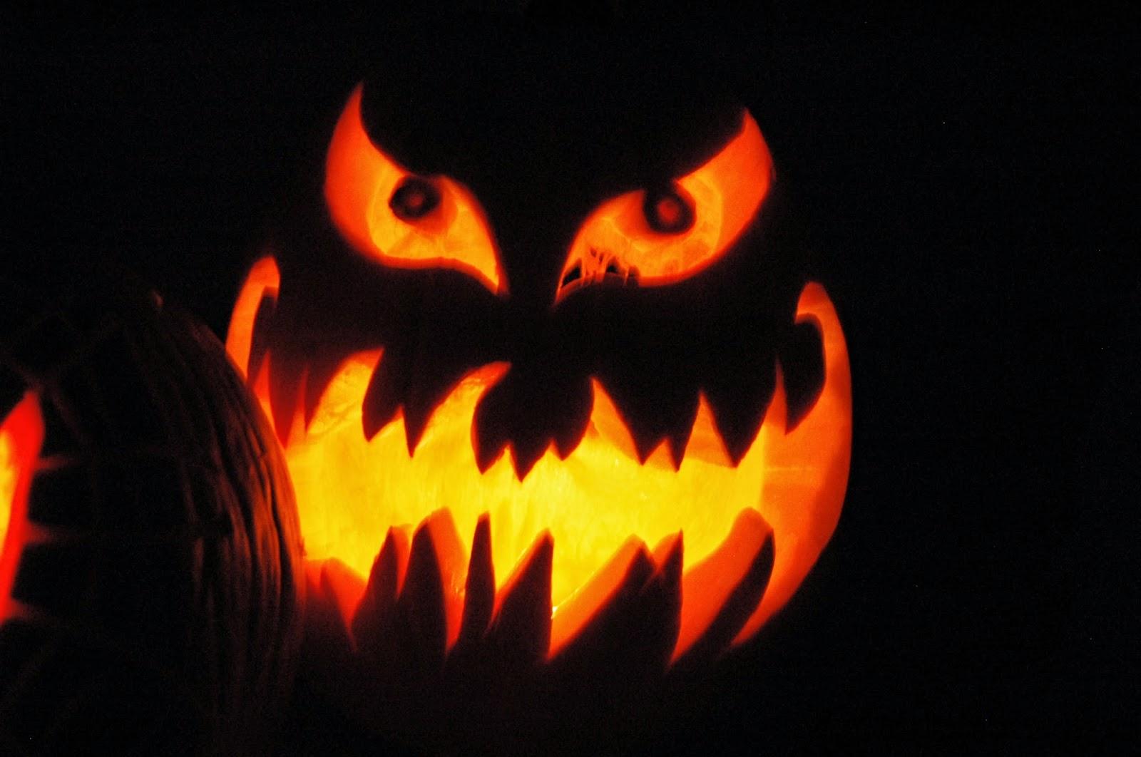 a halloween night essay