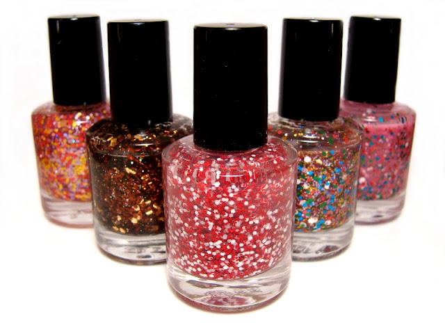 nails nail art nailart polish mani manicure Spellbound 1st first birthday blogiversary anniversary Candy Coated Collection glitter winner winners prizes prize packs US international money clutch decoration makeup beauty lip gloss lipgloss eyeshadow sequins caviar kit bamboo files etsy shop NYC New York Color L.A. Colors ecotools sample samples Sephora bling stickers rhinestones metal studs pearls