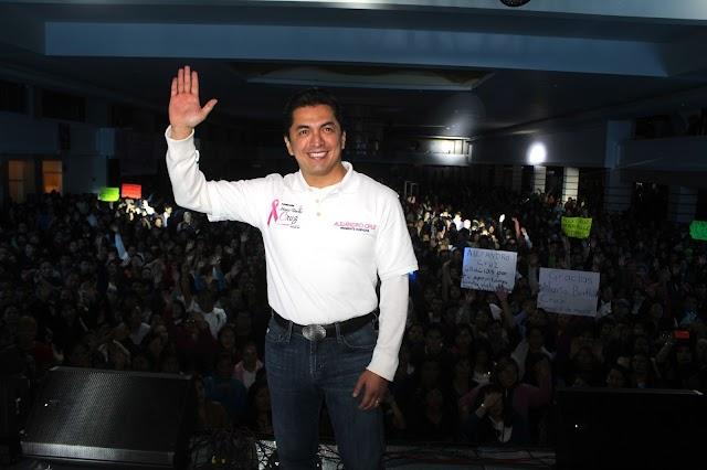 Apoyan aspiración de Alejandro Cruz a candidatura