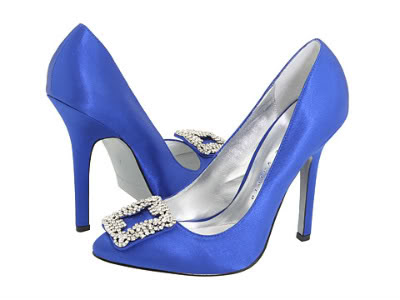 color for wedding shoes blue is also romantic color beside pink ones