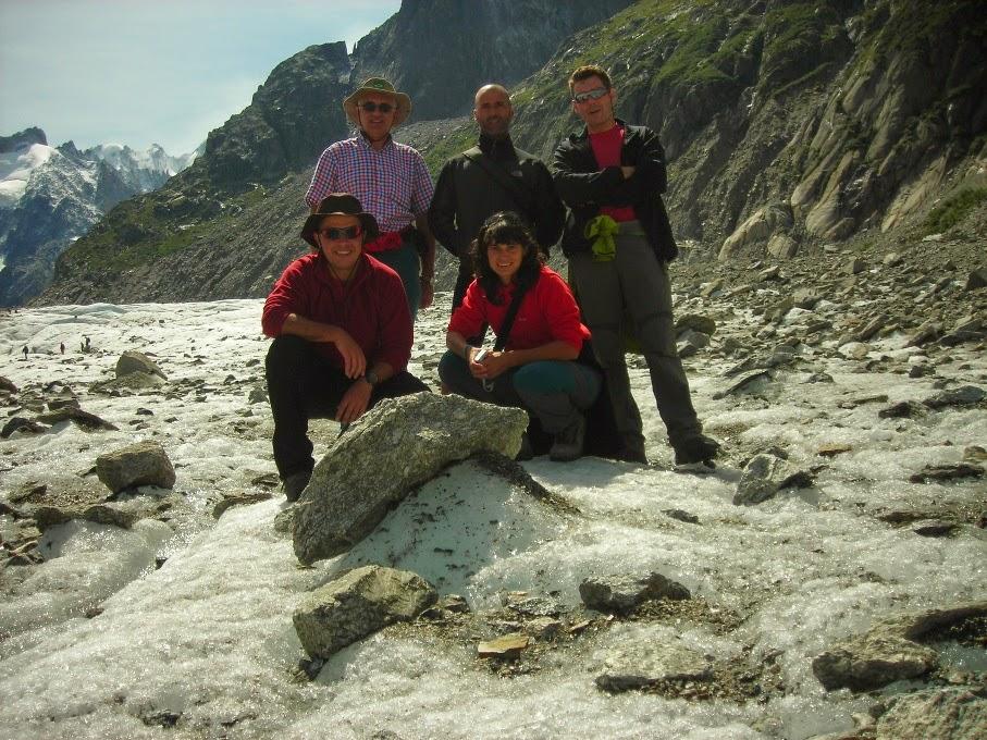El-grupo-en-el-glaciar-La-Glace-de-Mer