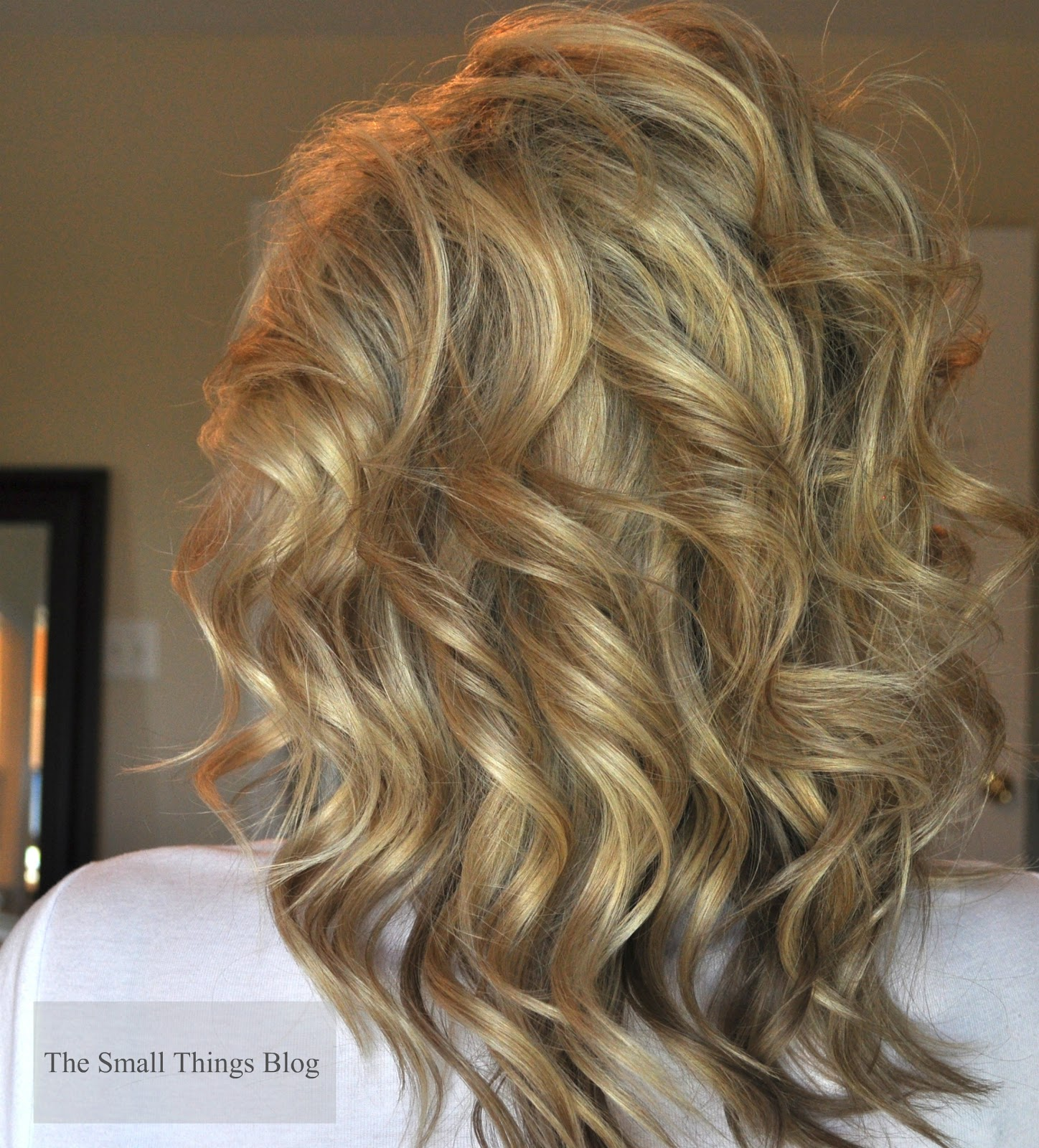 How To Use A Curling Wand The Small Things Blog