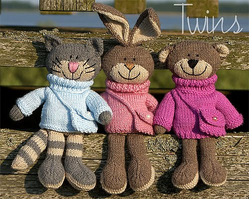 Knitting Patterns For Pet Rabbits : Twins Knitting Pattern MiniShop: Happy Pets, flat trio (in English), kni...