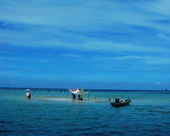 Wisata Bontang: Uniknya Pulau Segajah, Pulau Misterius yang hilang Di Malam Hari