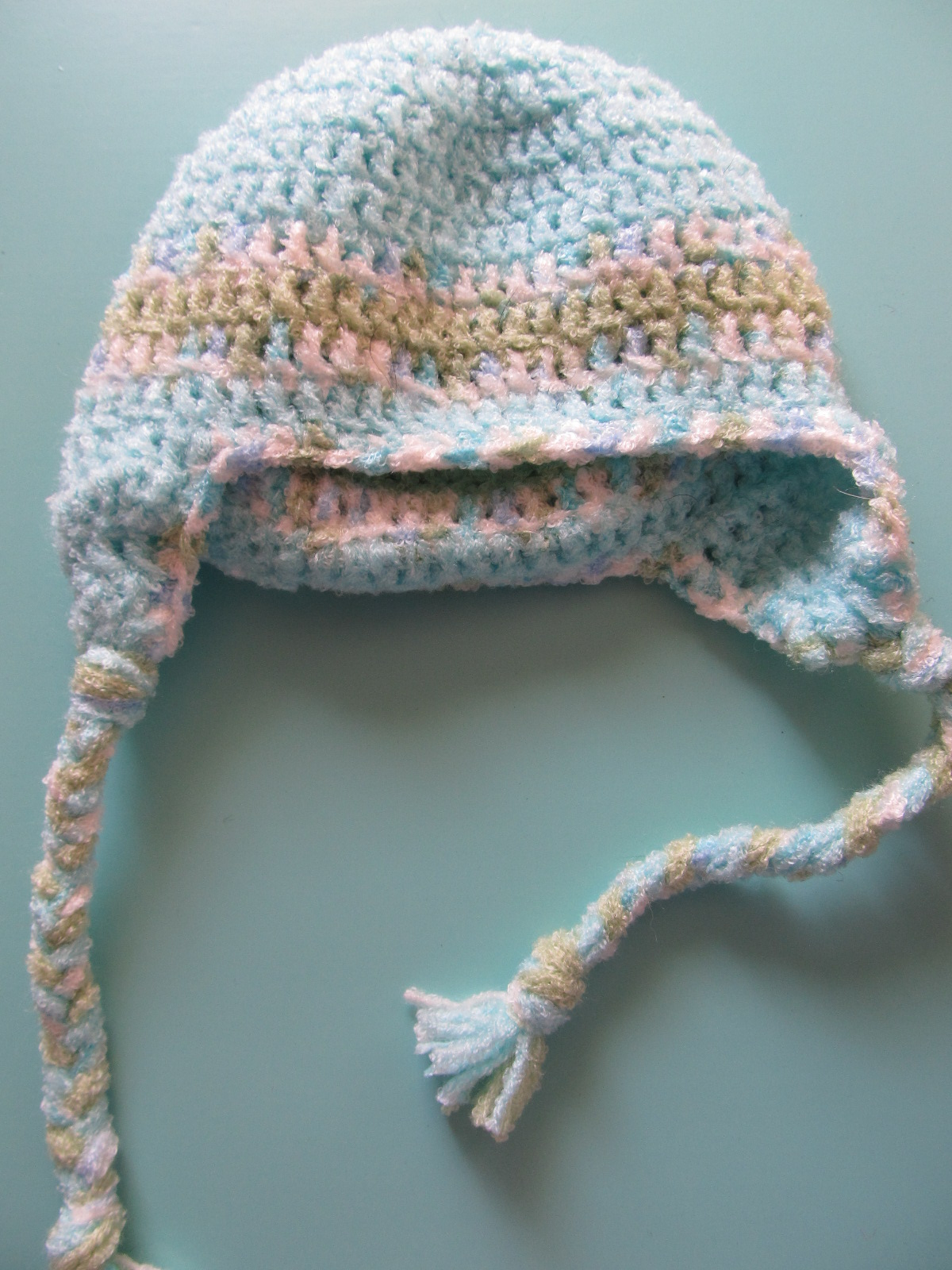 Newborn Crochet Hat Pattern With Ear Flaps : Simply Crochet and Other Crafts: Baby Hat with Ear Flaps