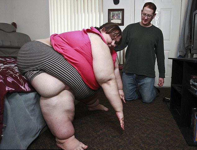 [Image: Fat-Woman-Excercing-2.jpg]
