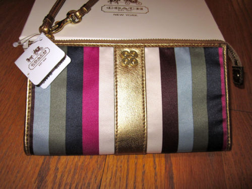 9b2384de61c ... best coach julia legacy zippy wallet 46807b 8c17e df81f