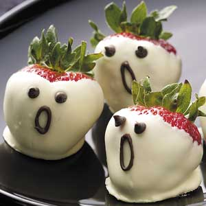 Chocolate Dipped Strawberry Ghosts From Taste Of Home Via 41 Cutest Halloween Recipes On Cute Food For Kids