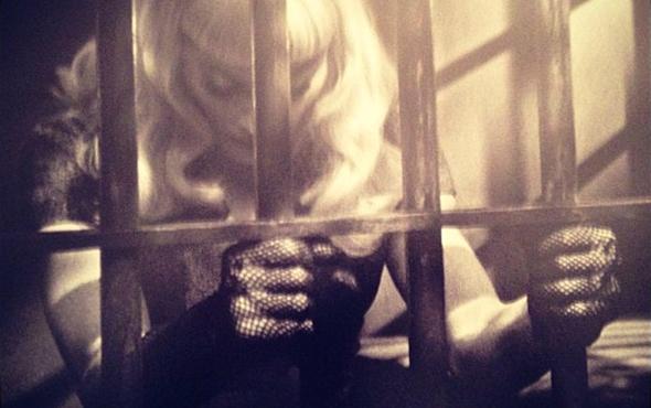 Madonna é a estrela principal do novo projeto do fotografo Steven Klein Secret Project