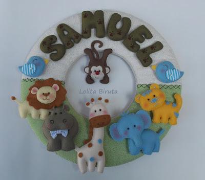 Guirlanda com tema safari em feltro e tecido