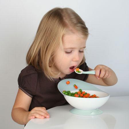 Personas comiendo caricatura - Imagui