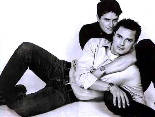 Парни геи на дискотеке фото 297-473