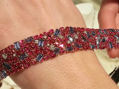 Red Beryl and Sapphire Bracelet on display at the GJX show in Tucson 2013