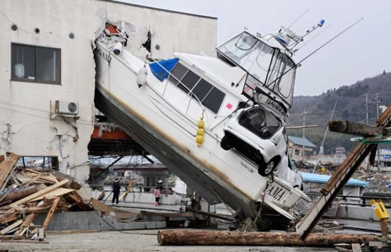 destruction tsunami eartquake japan jepun
