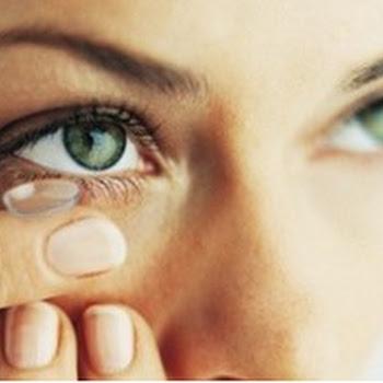 Σου τελείωσε ξαφνικά το υγρό των φακών επαφής; Μάθε 2 απλές λύσεις...