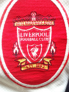 escudo Liverpool, You'll Never Walk Alone