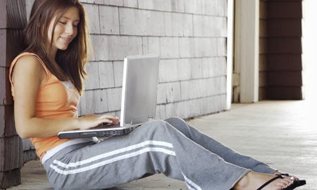 Memangku Laptop Menyebabkan Kemandulan dan Kanker