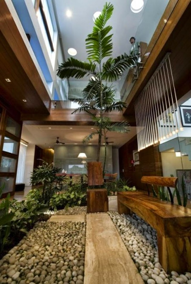 10 desain taman dalam rumah nan indah