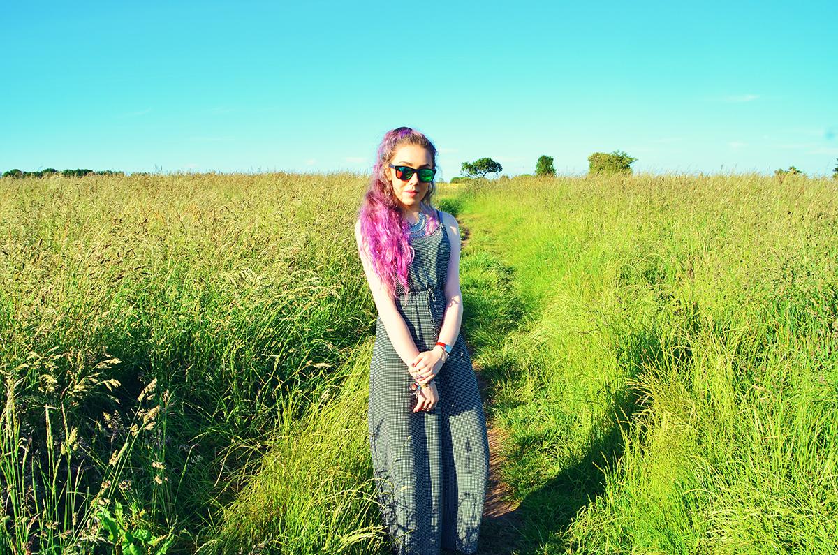 Liverpool Pink Hair Fashion Blogger Stephi LaReine
