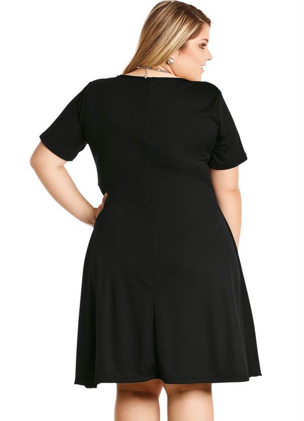 Vestido preto e branco para formaturas: Como usar